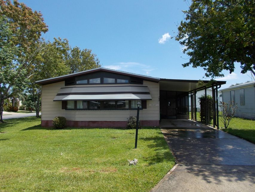 Villa per Vendita alle ore 7637 Longhorn 7637 Longhorn Micco, Florida 32976 Stati Uniti