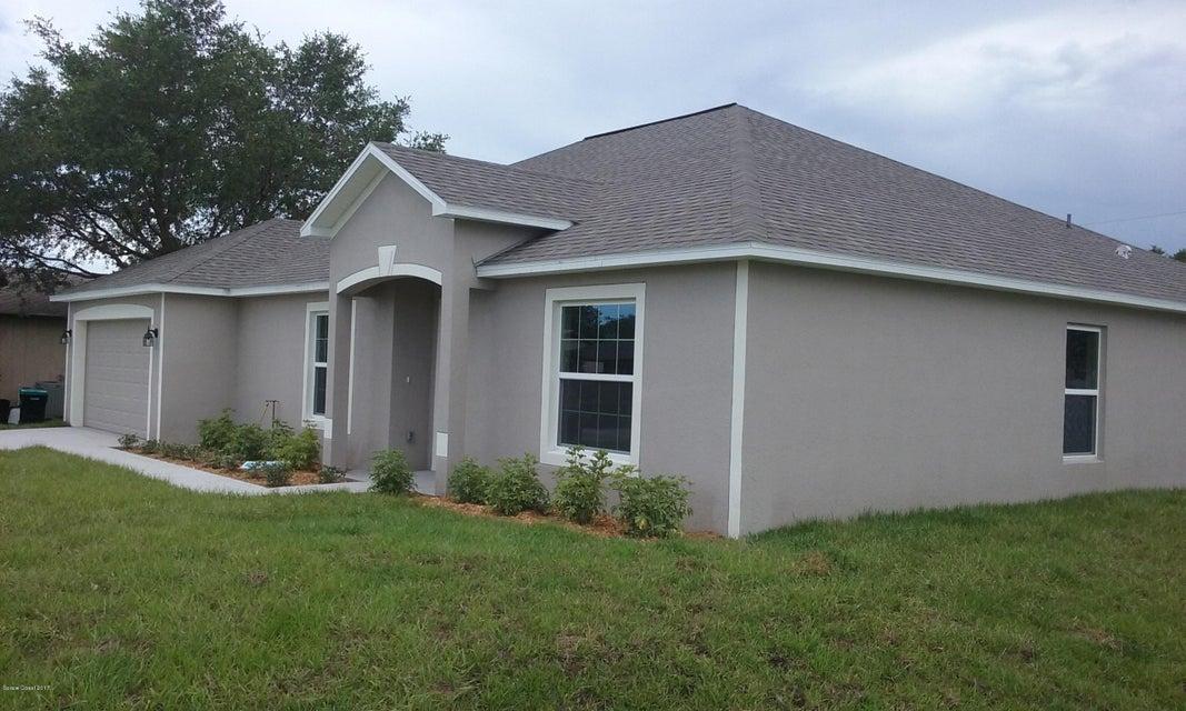 651 Black Horse Street, Palm Bay, FL 32909