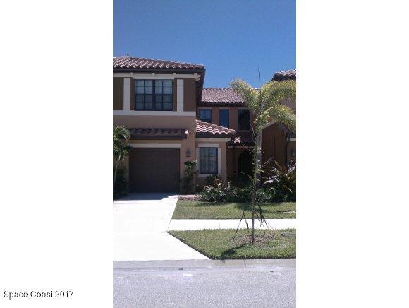Maison unifamiliale pour l Vente à 760 Simeon 760 Simeon Satellite Beach, Florida 32937 États-Unis