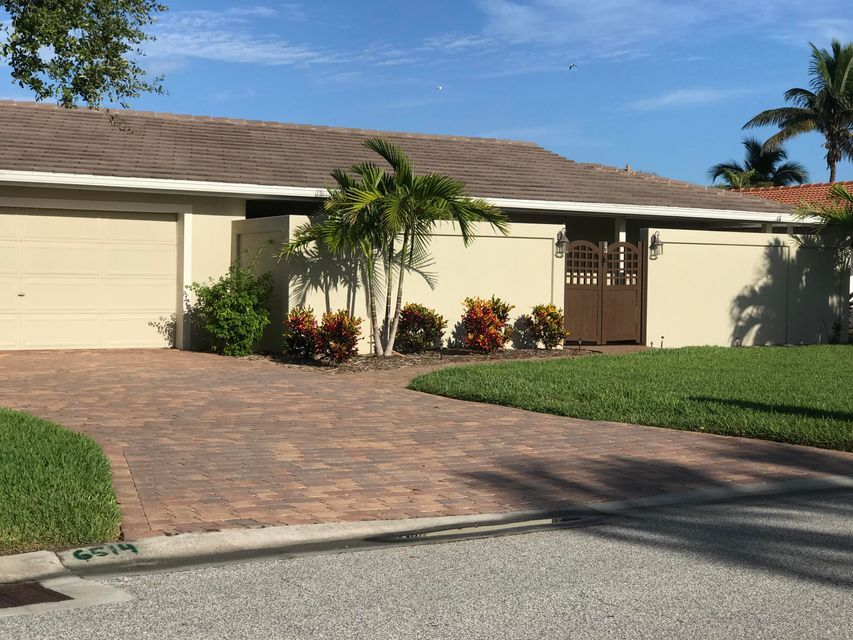 Villa per Affitto alle ore 39 Yacht Haven Cocoa Beach, Florida 32931 Stati Uniti