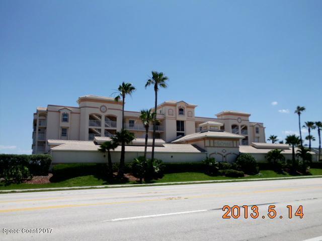 Casa Unifamiliar por un Alquiler en 1919 Highway A1a 1919 Highway A1a Indian Harbour Beach, Florida 32937 Estados Unidos