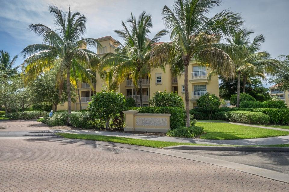 獨棟家庭住宅 為 出售 在 7461 Bella Lago 7461 Bella Lago Fort Myers Beach, 佛羅里達州 33931 美國