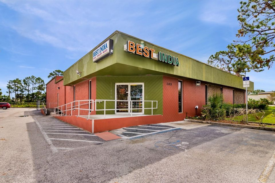 Commercial for Sale at 205 S Wickham Road 205 S Wickham Road Melbourne, Florida 32904 United States