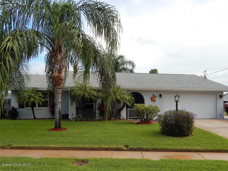 Nhà ở một gia đình vì Bán tại 520 Monitor 520 Monitor Merritt Island, Florida 32952 Hoa Kỳ