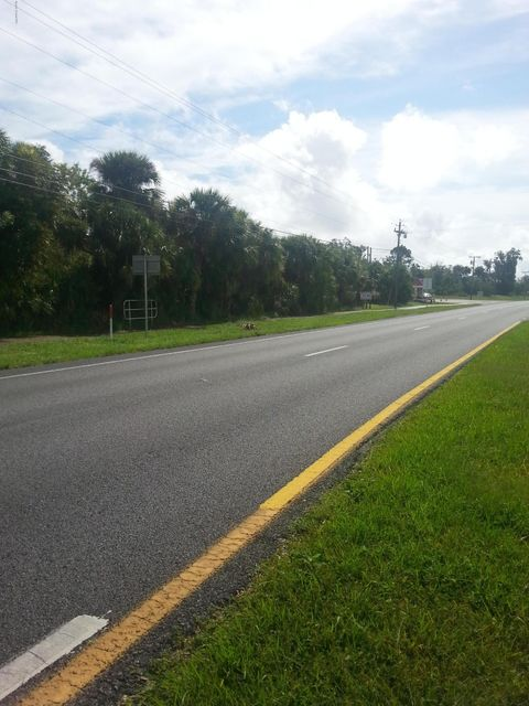 Additional photo for property listing at 2719 Highway 1 2719 Highway 1 Mims, Florida 32754 United States