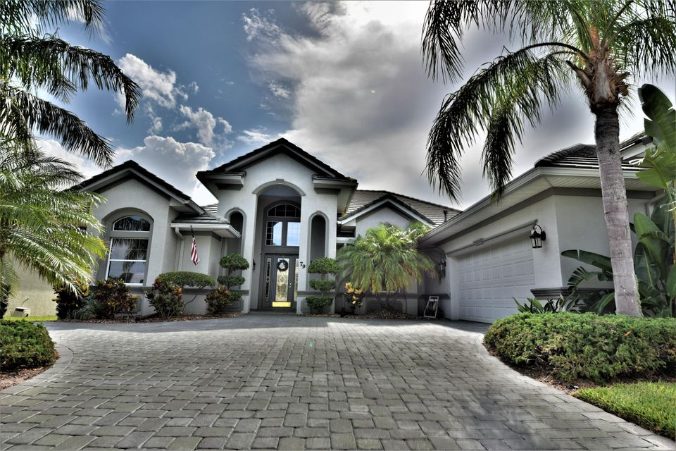 Casa Unifamiliar por un Venta en 79 Longview 79 Longview Palm Coast, Florida 32164 Estados Unidos