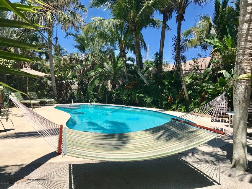 独户住宅 为 出租 在 5225 Palm 5225 Palm 墨尔本海滩, 佛罗里达州 32951 美国