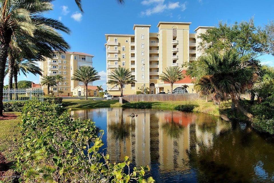 共管式独立产权公寓 为 销售 在 4955 Dixie 4955 Dixie Palm Bay, 佛罗里达州 32905 美国