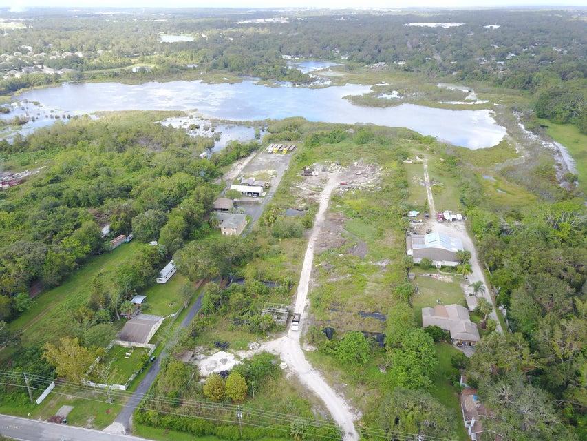 土地 为 销售 在 1416 S Lake Pleasant 1416 S Lake Pleasant 阿波普卡, 佛罗里达州 32703 美国