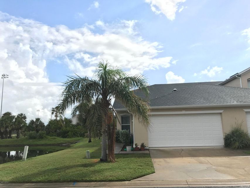 Casa Unifamiliar por un Alquiler en 516 Mcguire 516 Mcguire Indian Harbour Beach, Florida 32937 Estados Unidos