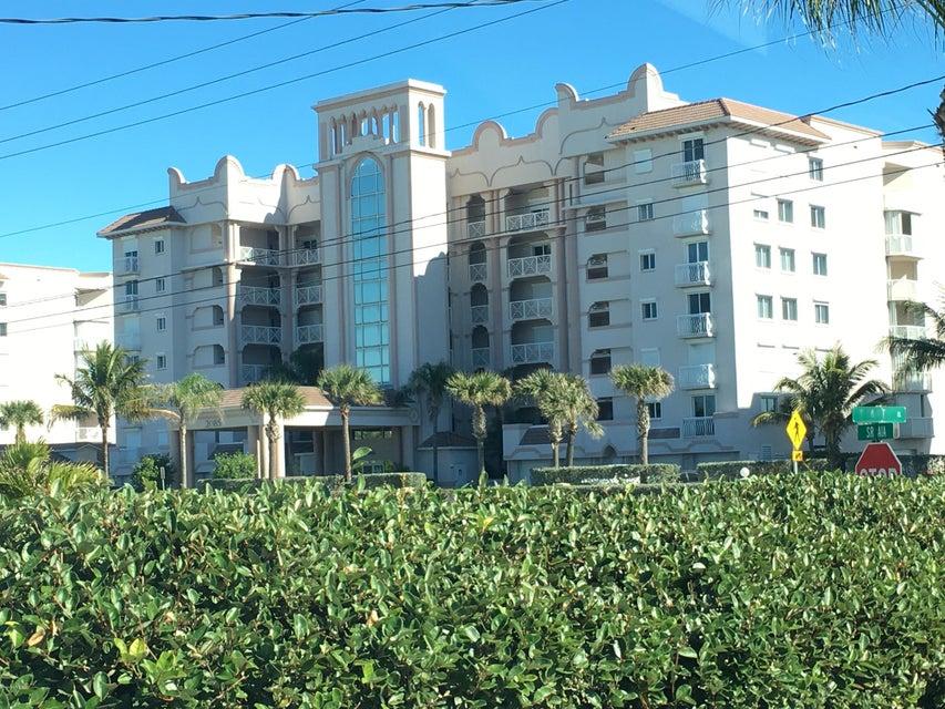 Casa Unifamiliar por un Alquiler en 2085 Highway A1a 2085 Highway A1a Indian Harbour Beach, Florida 32937 Estados Unidos
