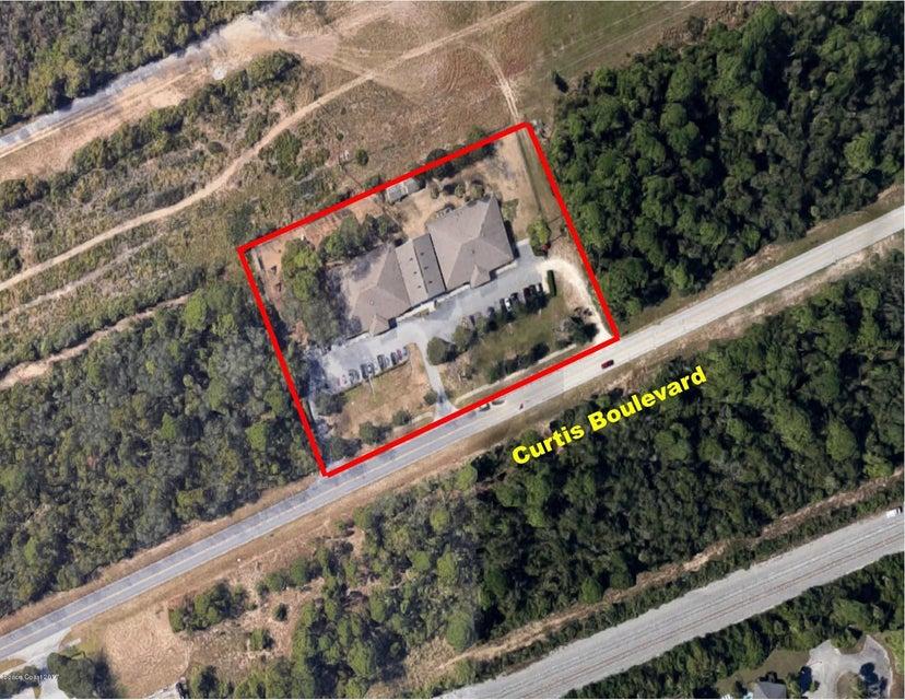 Commercieel voor Verkoop een t 3805 Curtis Boulevard 3805 Curtis Boulevard Cocoa, Florida 32922 Verenigde Staten