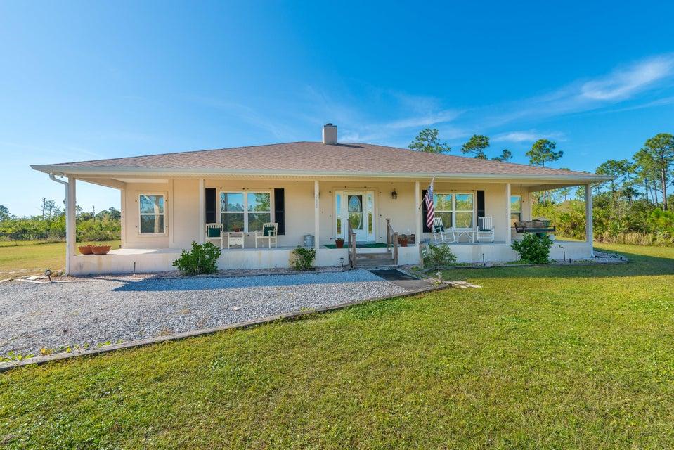 Enfamiljshus för Försäljning vid 2620 Kelly 2620 Kelly Malabar, Florida 32950 Usa