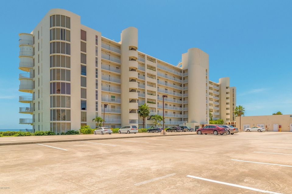 Nhà ở một gia đình vì Thuê tại 2225 Highway A1a 2225 Highway A1a Satellite Beach, Florida 32937 Hoa Kỳ