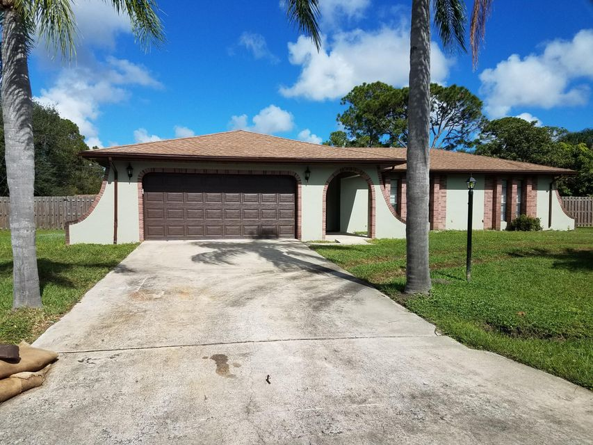Maison unifamiliale pour l à louer à 215 Driskell 215 Driskell Palm Bay, Florida 32907 États-Unis