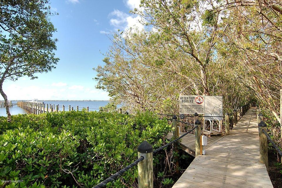 Additional photo for property listing at 212 Oceanway 212 Oceanway Melbourne Beach, Florida 32951 United States