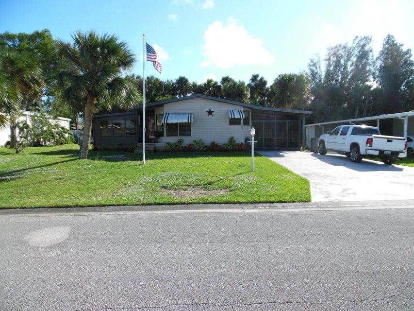 Tek Ailelik Ev için Satış at 5635 Algonquin 5635 Algonquin Micco, Florida 32976 Amerika Birleşik Devletleri