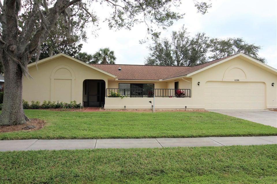 Villa per Vendita alle ore 1235 Mayflower 1235 Mayflower Melbourne, Florida 32940 Stati Uniti
