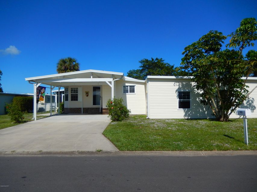 Tek Ailelik Ev için Satış at 965 Cashew 965 Cashew Barefoot Bay, Florida 32976 Amerika Birleşik Devletleri