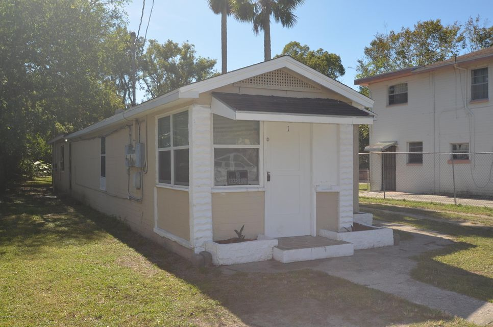 Maison unifamiliale pour l Vente à 529 South 529 South Daytona Beach, Florida 32114 États-Unis