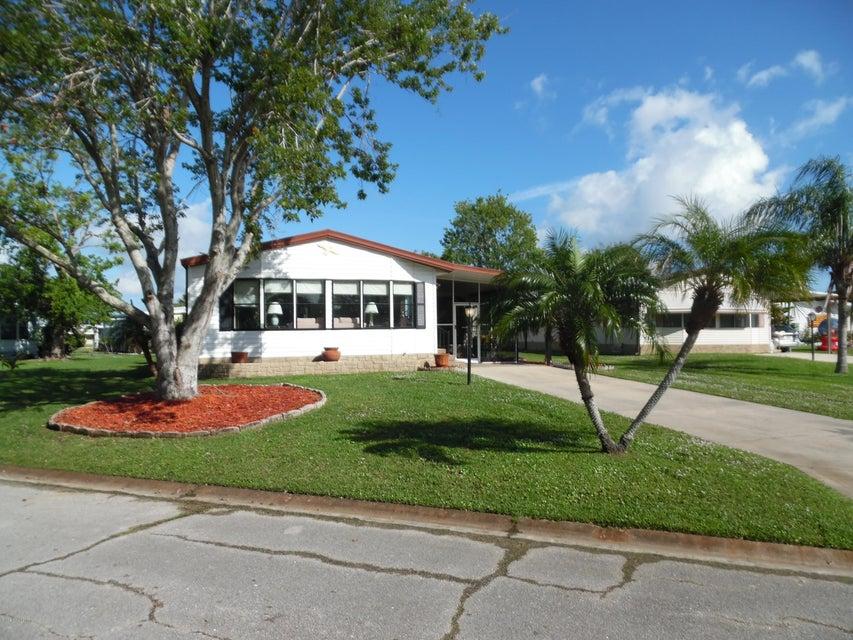 独户住宅 为 销售 在 706 Lantania 706 Lantania Barefoot Bay, 佛罗里达州 32976 美国
