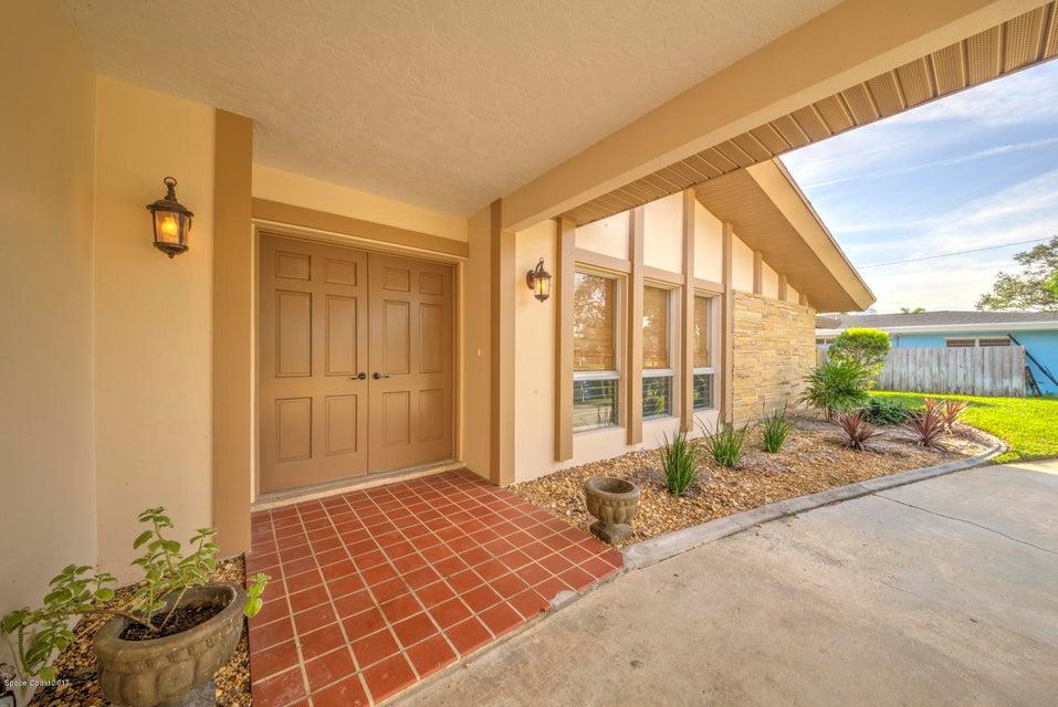 Nhà ở một gia đình vì Thuê tại 315 Tampa 315 Tampa Indialantic, Florida 32903 Hoa Kỳ