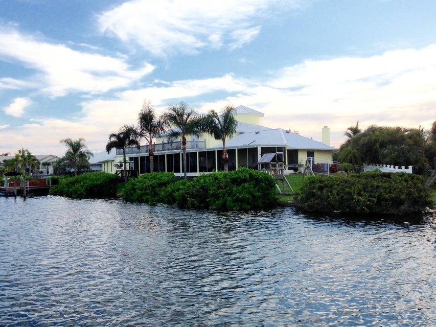 Μονοκατοικία για την Πώληση στο 94 Lanternback Island 94 Lanternback Island Satellite Beach, Φλοριντα 32937 Ηνωμενεσ Πολιτειεσ
