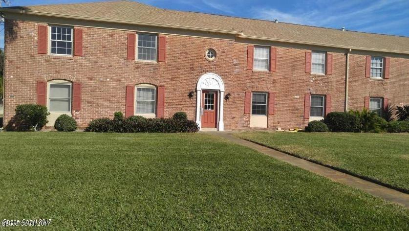 Nhà ở một gia đình vì Thuê tại 135 E Colonial 135 E Colonial Indian Harbour Beach, Florida 32937 Hoa Kỳ