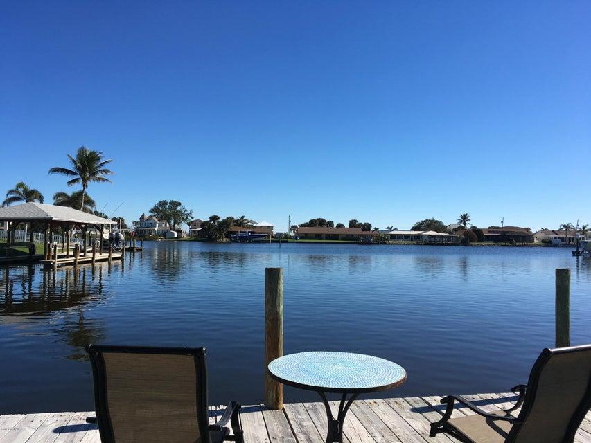 Nhà ở một gia đình vì Thuê tại 540 Albatross 540 Albatross Merritt Island, Florida 32952 Hoa Kỳ