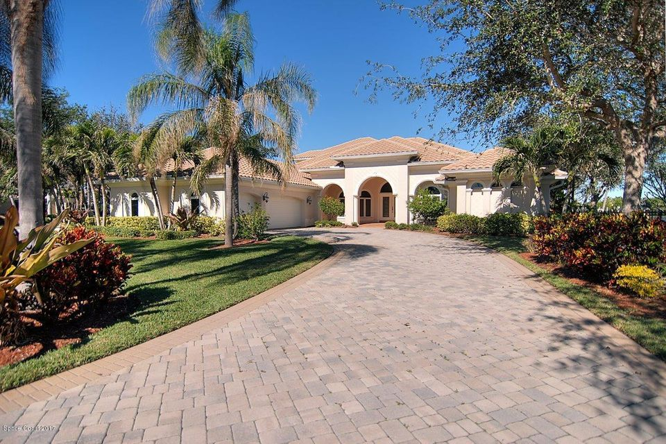 Single Family Home for Sale at 720 Clubhouse 720 Clubhouse Satellite Beach, Florida 32937 United States