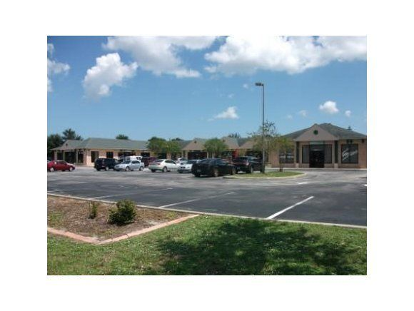 Additional photo for property listing at 4301 N Wickham 4301 N Wickham Melbourne, Floride 32935 États-Unis