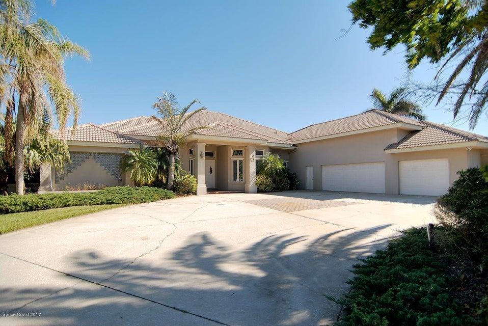 Einfamilienhaus für Verkauf beim 132 Lansing Island 132 Lansing Island Indian Harbour Beach, Florida 32937 Vereinigte Staaten