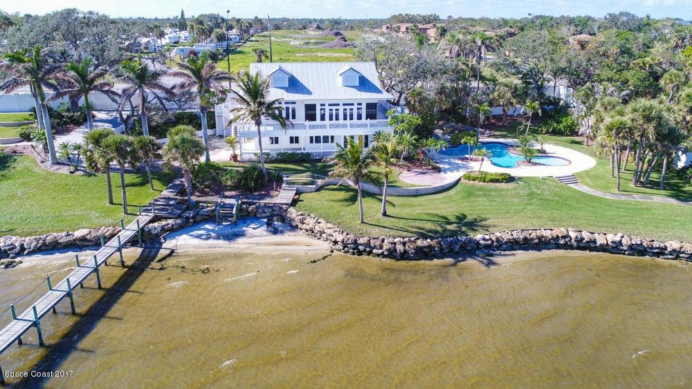Enfamiljshus för Försäljning vid 5141 Dixie 5141 Dixie Palm Bay, Florida 32905 Usa