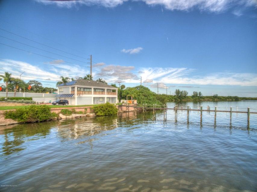 獨棟家庭住宅 為 出售 在 5565 N Highway 1 5565 N Highway 1 Palm Shores, 佛羅里達州 32940 美國