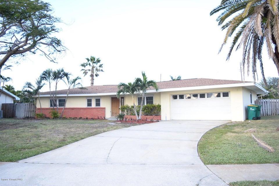 Casa Unifamiliar por un Alquiler en 558 N Sonora 558 N Sonora Indialantic, Florida 32903 Estados Unidos