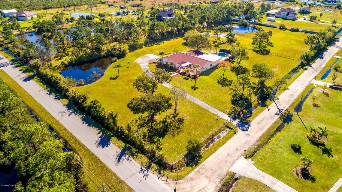 Maison unifamiliale pour l Vente à 2225 Atz 2225 Atz Malabar, Florida 32950 États-Unis