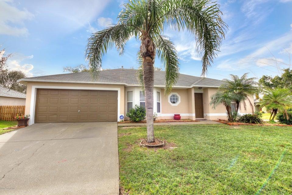 Maison unifamiliale pour l Vente à 2375 High Ridge 2375 High Ridge Palm Shores, Florida 32935 États-Unis
