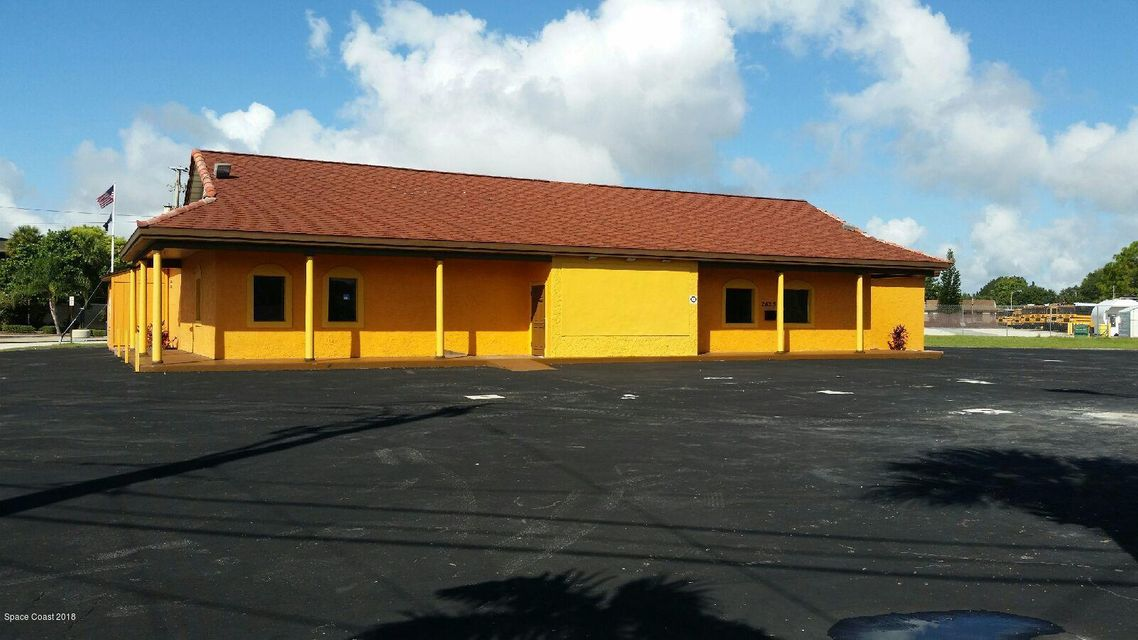 Commercial for Rent at 2625 N Courtenay 2625 N Courtenay Merritt Island, Florida 32953 United States