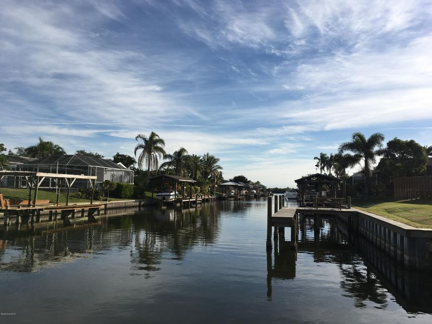 獨棟家庭住宅 為 出租 在 198 Via De La Reina 198 Via De La Reina Merritt Island, 佛羅里達州 32953 美國