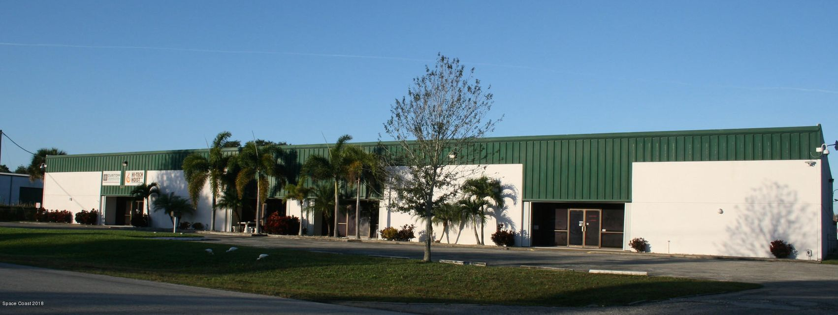 Commercial for Rent at 360 E EAST 360 E EAST Melbourne, Florida 32904 United States