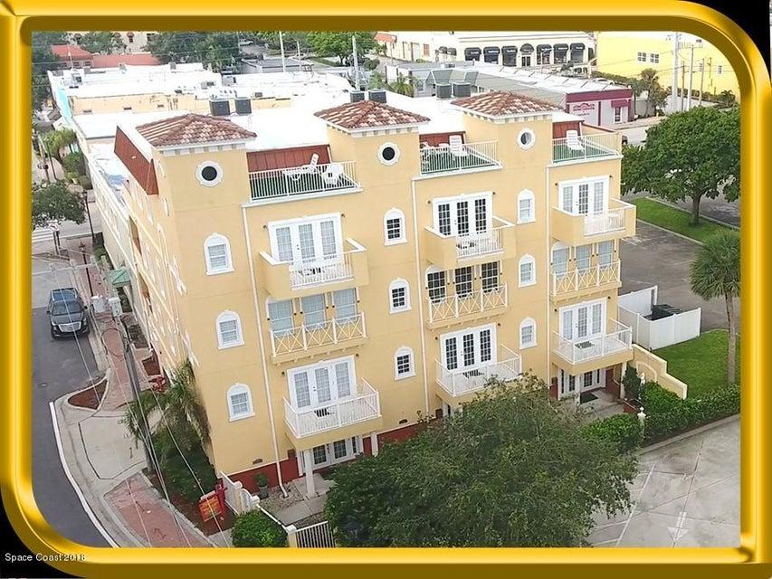 Vivienda multifamiliar por un Venta en 93 Brevard 93 Brevard Cocoa, Florida 32922 Estados Unidos