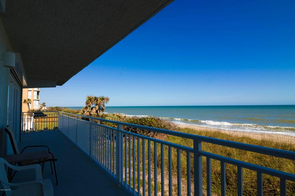 獨棟家庭住宅 為 出售 在 1965 Highway A1a 1965 Highway A1a Indian Harbour Beach, 佛羅里達州 32937 美國