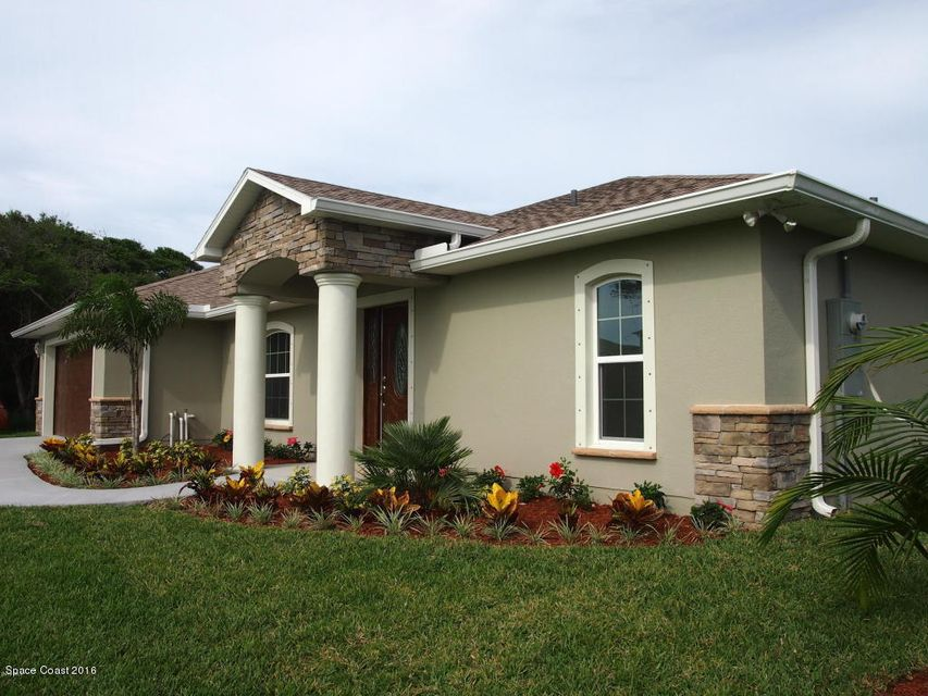 Single Family Home for Sale at 240 Riggs 240 Riggs Melbourne Beach, Florida 32951 United States