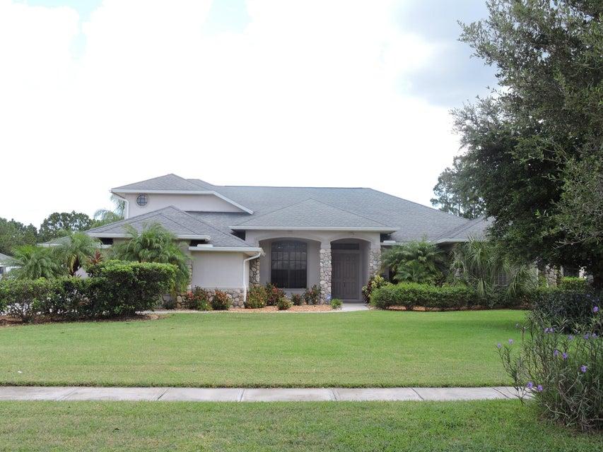 独户住宅 为 销售 在 2125 Windbrook 2125 Windbrook Palm Bay, 佛罗里达州 32909 美国