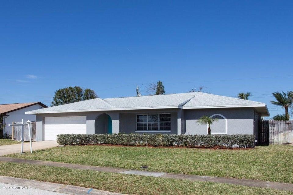 Maison unifamiliale pour l Vente à 378 Desoto 378 Desoto Satellite Beach, Florida 32937 États-Unis
