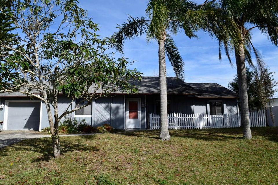 一戸建て のために 売買 アット 2807 Yule Tree 2807 Yule Tree Edgewater, フロリダ 32141 アメリカ合衆国