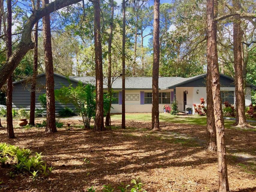 Casa Unifamiliar por un Venta en 515 W Pine 515 W Pine Melbourne Village, Florida 32904 Estados Unidos