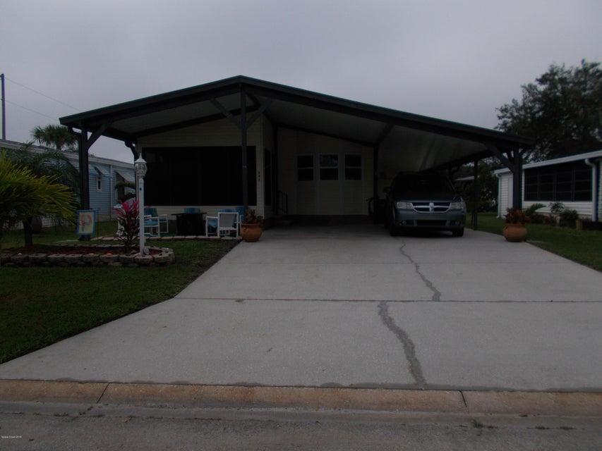 Частный односемейный дом для того Продажа на 603 Tarpon 603 Tarpon Barefoot Bay, Флорида 32976 Соединенные Штаты
