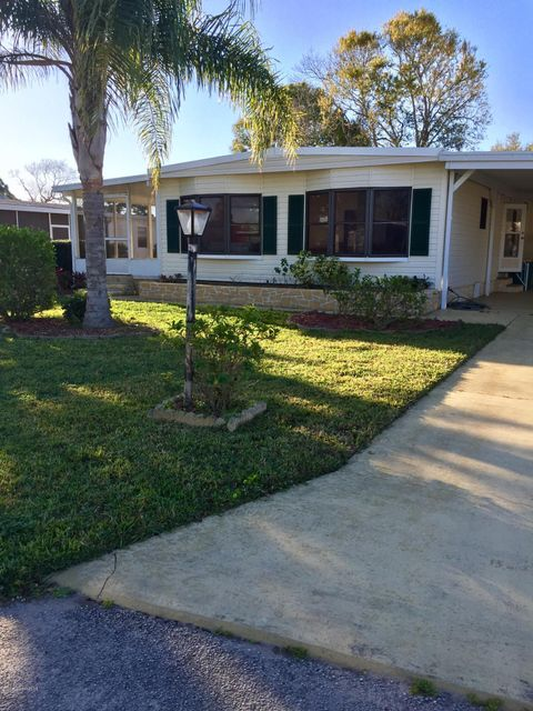 Maison unifamiliale pour l à louer à 909 Sequoia 909 Sequoia Barefoot Bay, Florida 32976 États-Unis