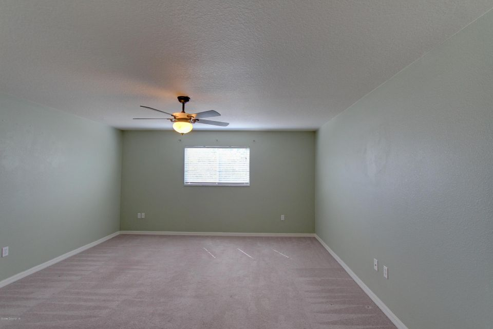 Additional photo for property listing at 485 L M Davey 485 L M Davey Titusville, Florida 32780 Hoa Kỳ